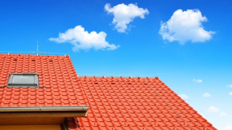 Different Types of Roofing Systems Used in Commercial and Residential Construction